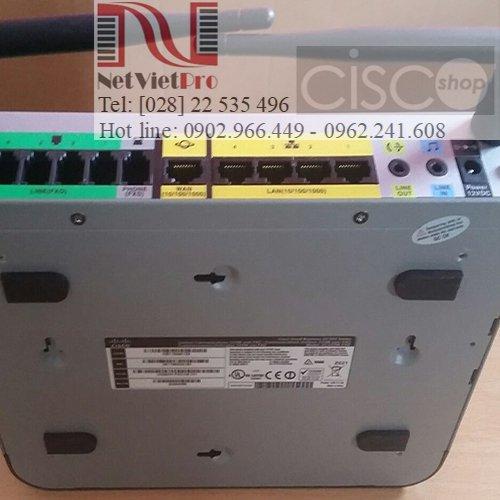 Tổng đài UC320W-FXO-K9